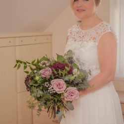 Bridal bouquet in lilac and pink